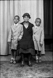 Mother and two sons, portrait. Scanned from glass plate by Wm. H. Zoeller.