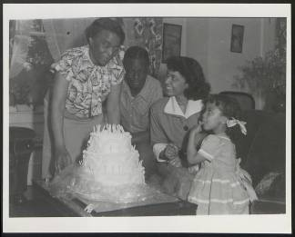 Dr_Brown_with_Maria_Nat_King_and_Cookie_Cole